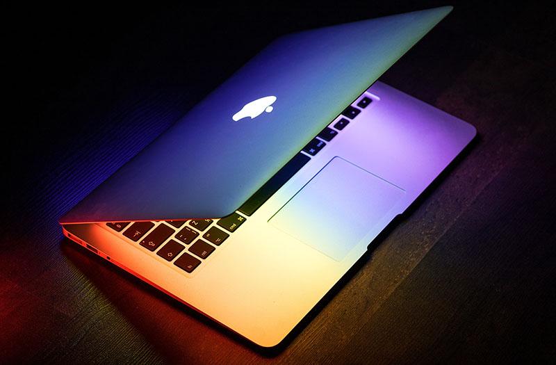 Quanta afirma que Apple lanzará un MacBook barato en otoño