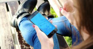 ¿La pantalla de tu iPhone parpadea? ¿Qué pasa? ¿Cómo solucionarlo?